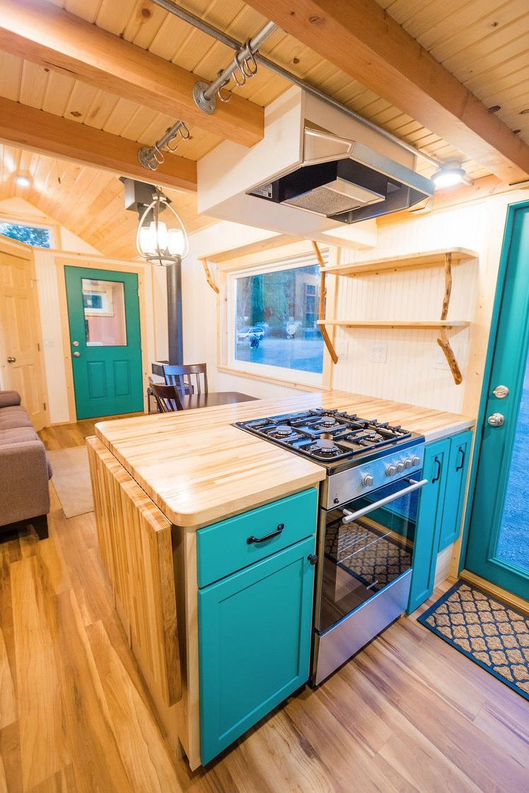 Laura's Amazing 10-Ft Wide Tiny House w/ Mudroom Entry #tinyhouseliving