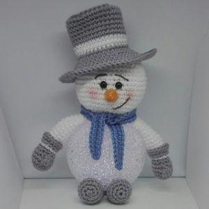 Haakpatroon Sneeuwpop Met Led Bal Leuk Leuk Haken Pinterest