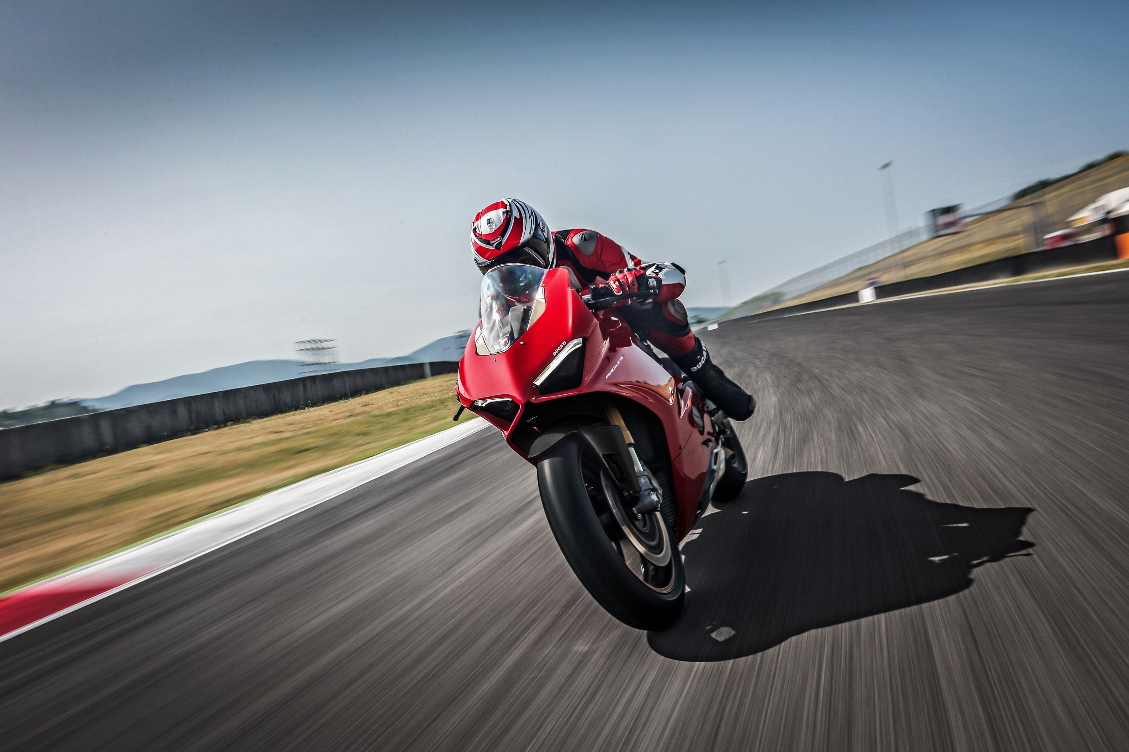 3840x2559 Ducati 4k Cool Hd Wallpaper Ducati Panigale Ducati