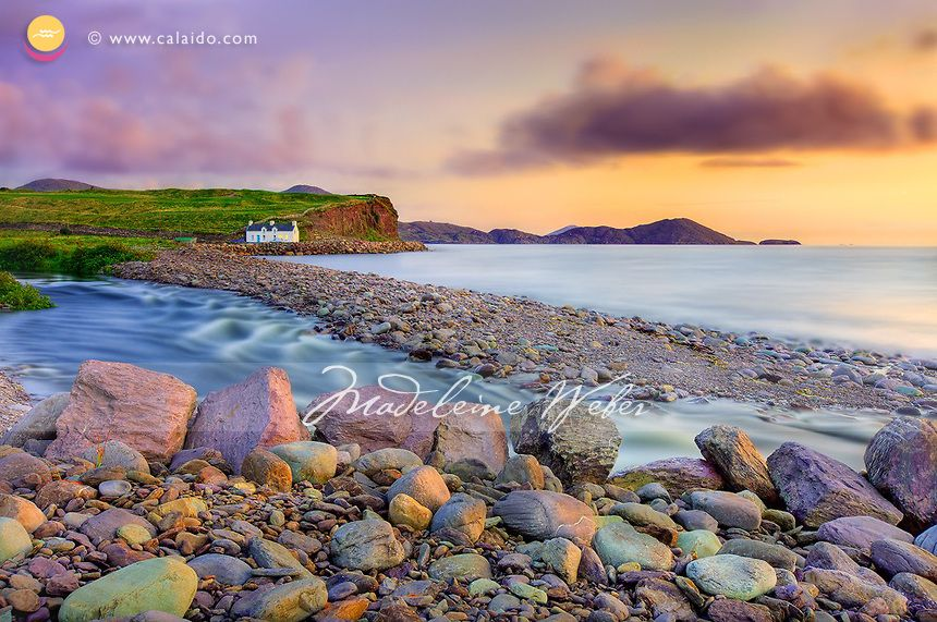 Historical Cottage At Waterville Beach Coastline Of Ring Of Kerry Ireland Irish Beach Ocean Inspiration Beach Cottages