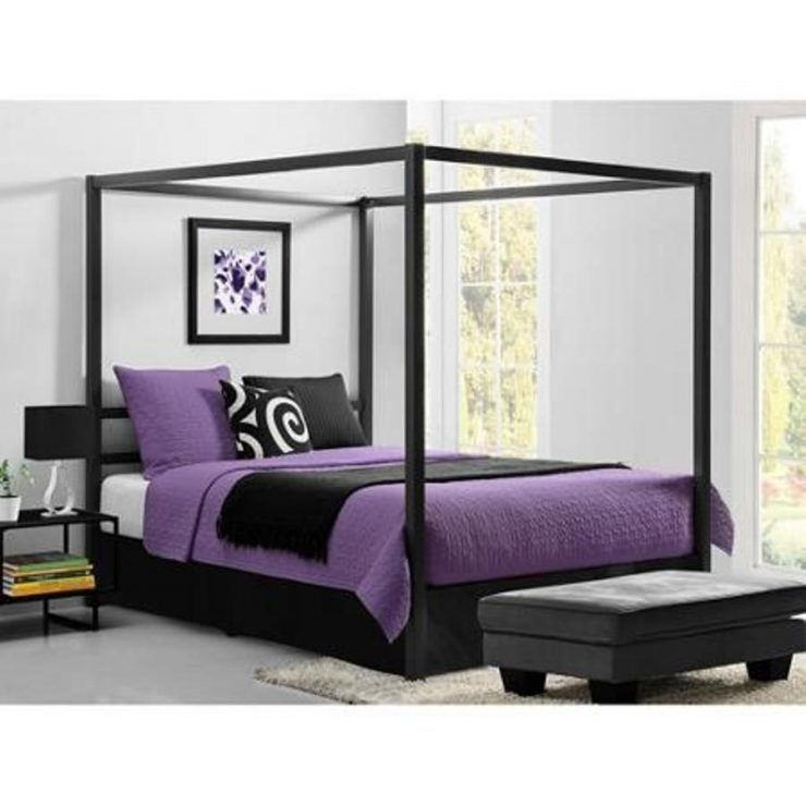 Wonderful Queen Canopy Bed With Purple Bedding Dengan Gambar