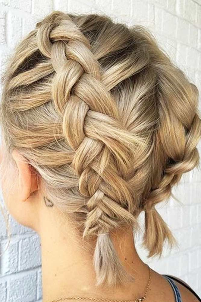 The Best About Short Hair Hairstyles Is That They Tend To Be Sassy Low Maintenance And A Medium Length Hair Styles Cool Braid Hairstyles Braids For Short Hair