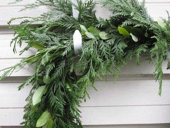 Cedar Bay Leaf Garland 8 Fresh Made To By Melrosebotanicals Leaf Garland Flowers Wedding Flowers