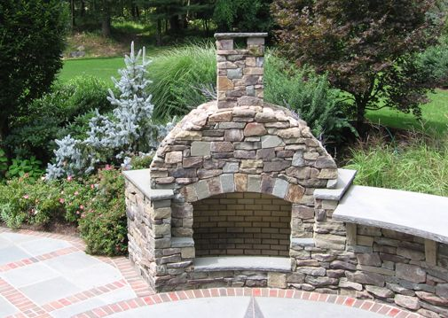 Great Traditional Feildstone Outdoor Fireplace Design With Bluestone