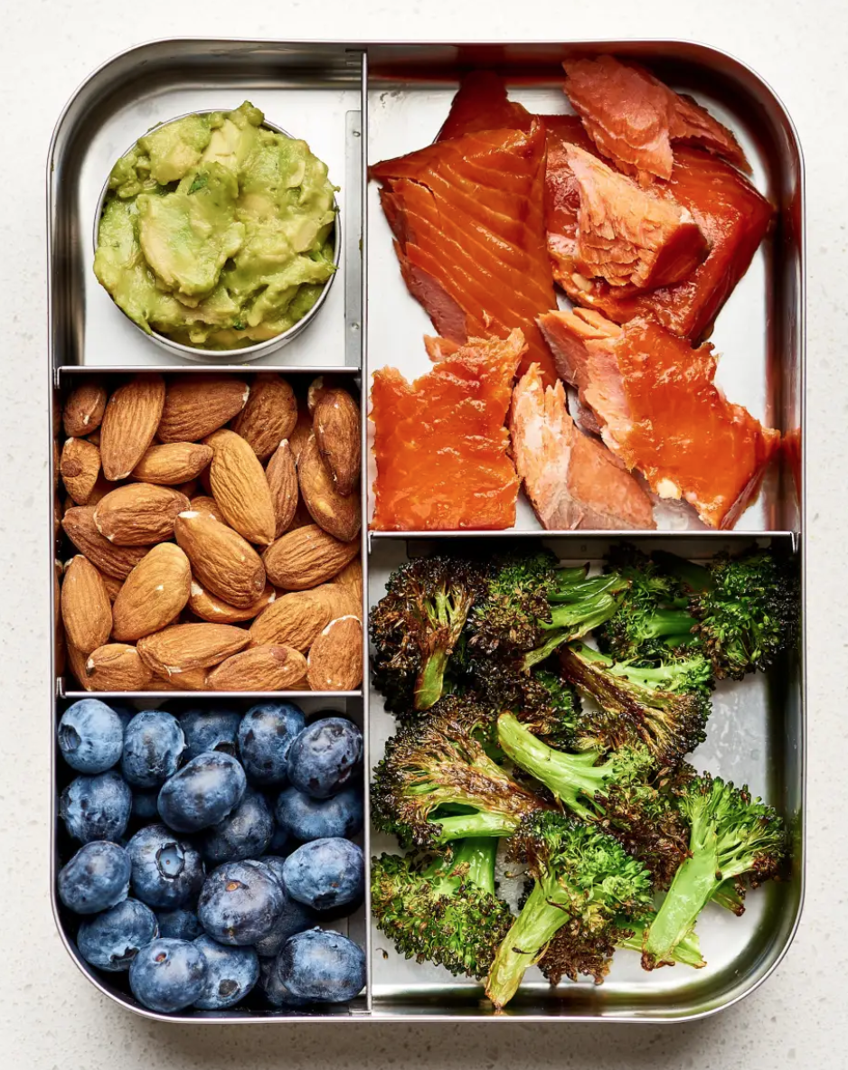 16 Simple Bento Box Lunch Ideas That Will Make A Low Carb Diet So Much Easier #bentoboxlunch