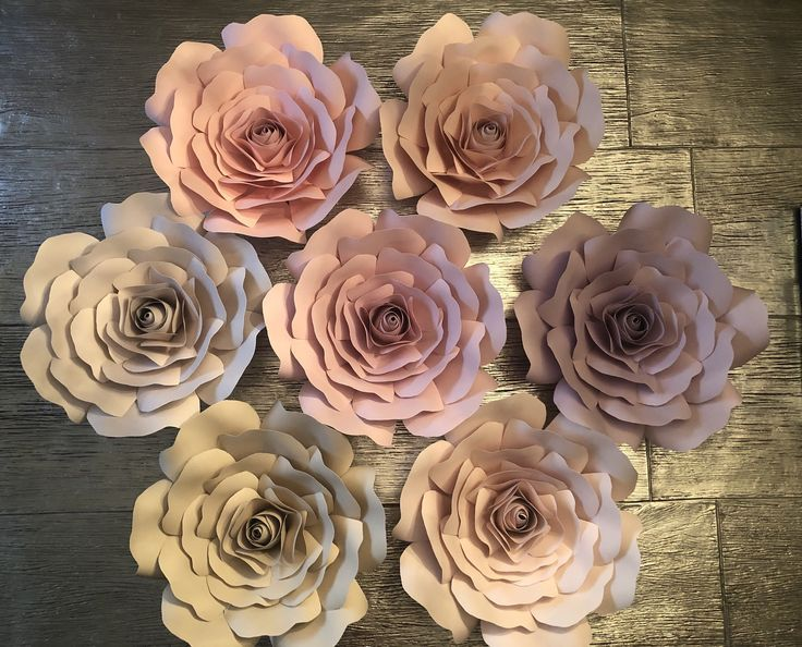 Paper Flowers Custom | Roses | Wall decoration | Nurse / #Custom #decoration #flowers #nurse #Paper #paperflowerbackdropbedroom #roses #wall #largepaperflowers