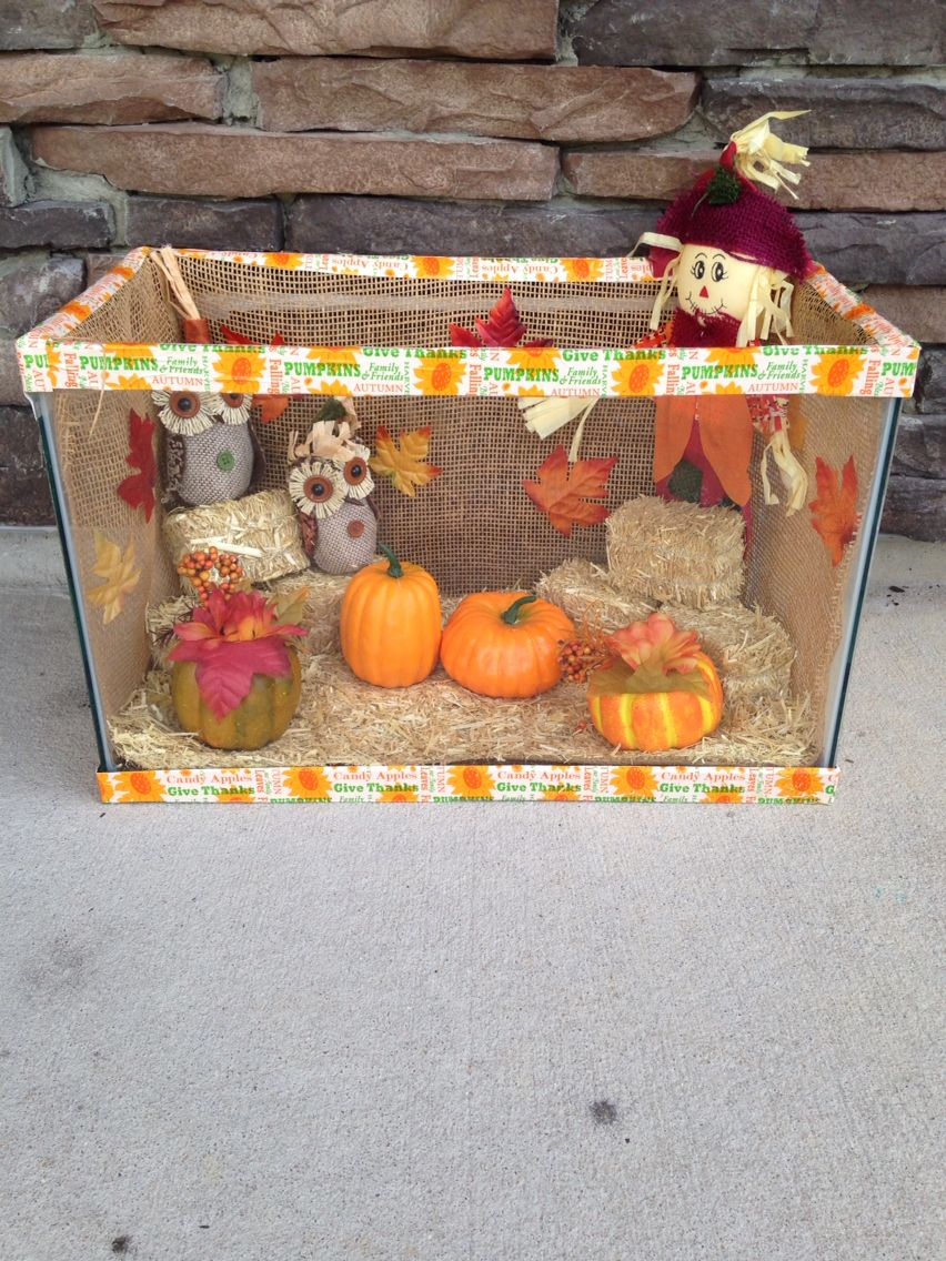 Old fish tank fall decoration