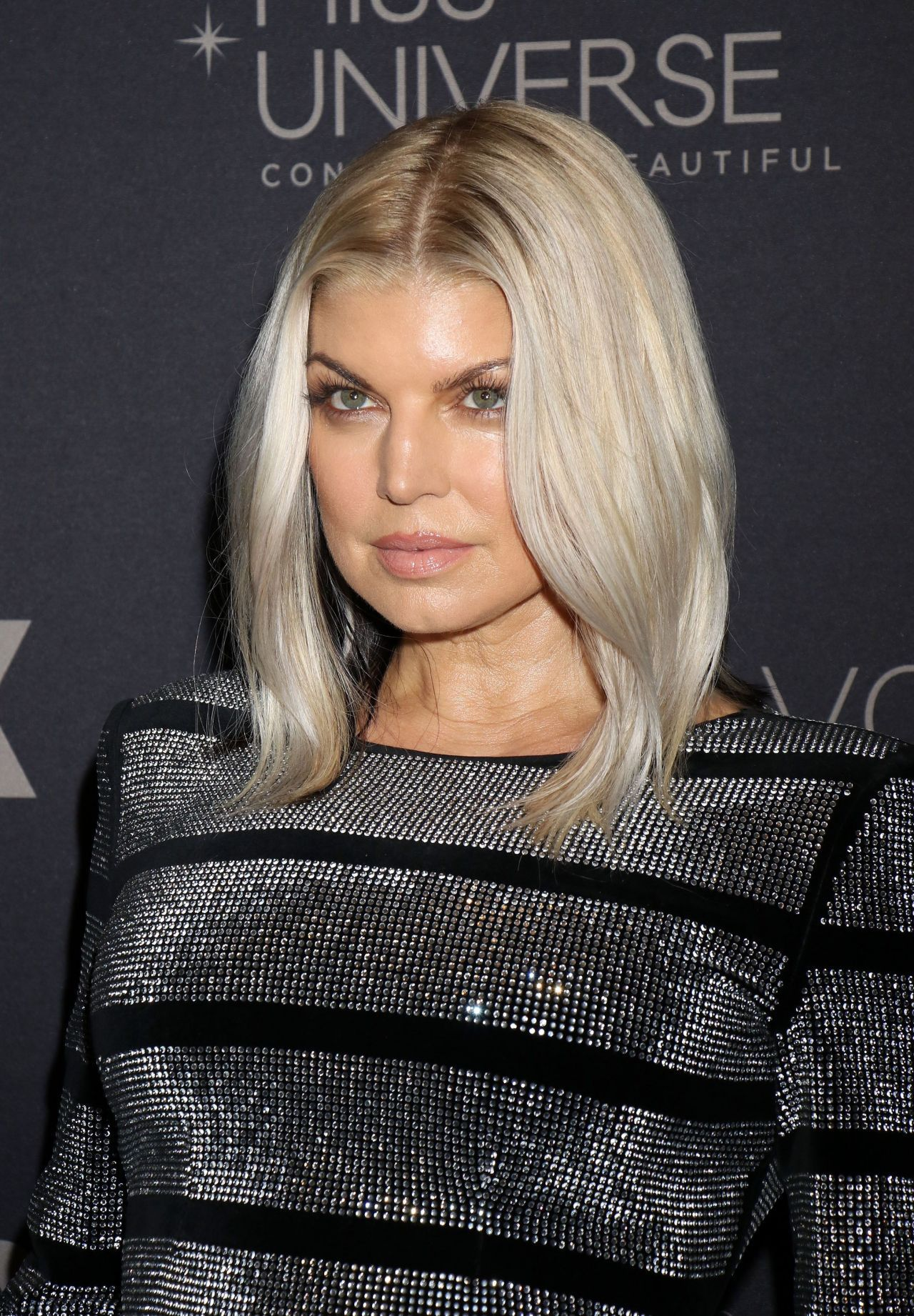 Fergie Casual Long Layered Hairstyle Fergie Casual Long Layered Hairstyle new picture