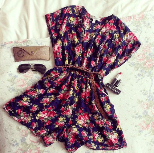 #floral romper: add tights and a jacket for a #Winter look