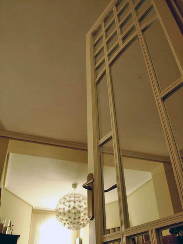 es imposible que exista una puerta más increible que esta