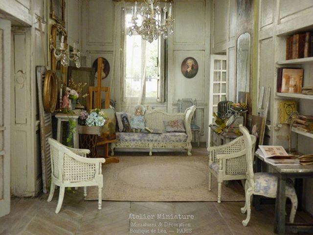 Atelier De Lea Atelier Miniature Photos Et Videos Instagram Photo Salon Mobilier De Salon Salon