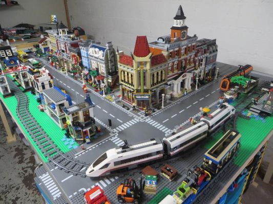 Ultimate Compact Lego Train Layout Model Train Table Model Trains City Layout