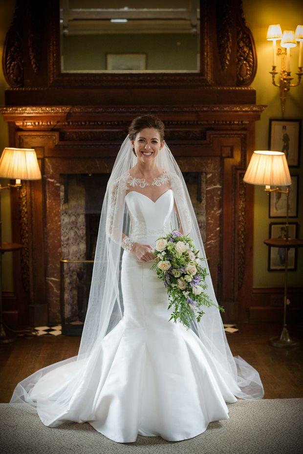 A Day of Sweet Surprises: Janine & Robbie | Hochzeitskleider und ...