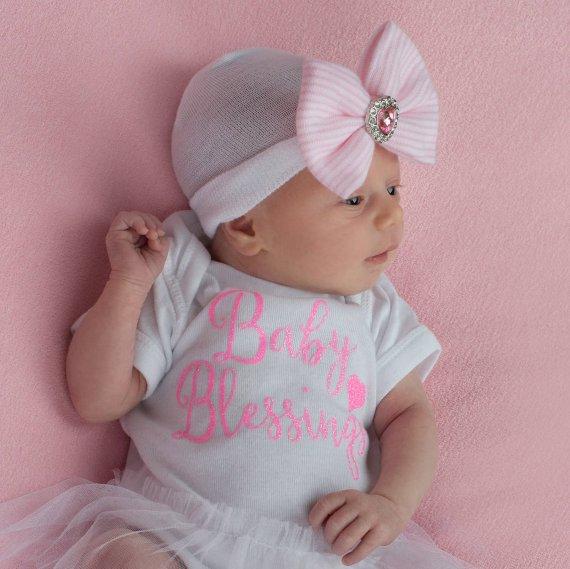 3eb93fd1821 Hospital Newborn Hat Newborn baby girl beanie with bow pink Newborn Hat  newborn Coming home outift B