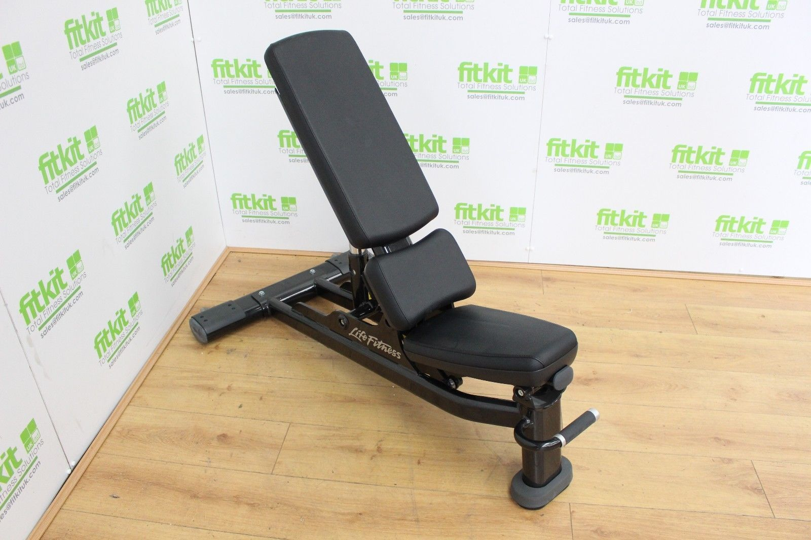 Life Fitness Signature Series Multi Adjustable Bench Commercial Gym Equipment Ebay Commercial Gym Equipment Gym Equipment For Sale Home Workout Equipment