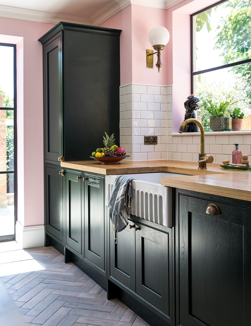 How to paint kitchen cabinets   give your units a whole new look - Pink kitchen walls, Kitchen paint, Kitchen marble, Kitchen cabinets, Kitchen units, Painting kitchen cabinets - Refitting a kitchen can be costly and a faff  So if you're happy with the layout and your units are sound, read our guide to how to paint kitchen cabinets