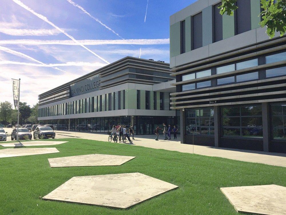 Da Vinci College Roosendaal 'stad in het klein' - architectenweb.nl