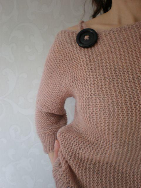 Ravelry: Retstrikket bluse på tværs pattern by Lene Holme Samsøe I so want to knit this