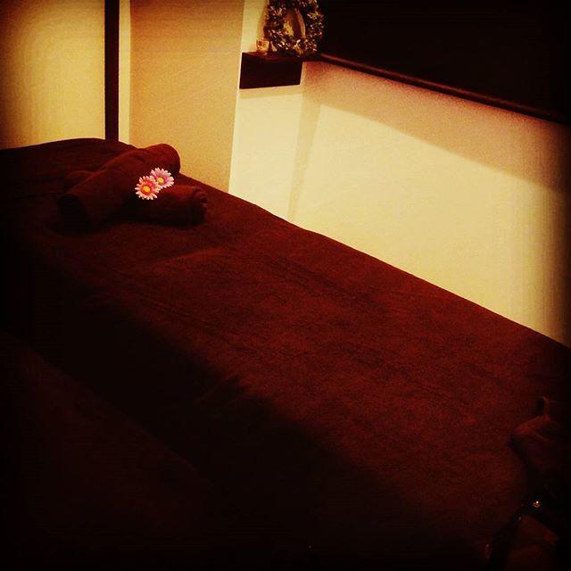 2016/11/20 14:12:14 bodystudiosea.hikaru 鍼灸治療・美容鍼灸とバリエステは個室で施術を受けていただけます✨  安心して落ち着く空間を感じていただくために🍀 色んなこと考えて相談して出来上がりました☺  施術ルームは2つあるので、鍼灸治療はペアでも受けていただけます❤  #BodyStudioSea#BodyStudio#Sea#training#トレーニング#加圧トレーニング#パーソナルトレーナー#健康運動指導士#ストレッチ#指圧#ボディメンテナンス#鍼灸#鍼灸師#鍼灸治療#美容鍼#美顔鍼#バリエステ#トラディショナル#バリマッサージ#オイルトリートメント#オイルマッサージ#リンパドレナージュ#リンパマッサージ#健康#美容#完全予約制#大阪市天王寺区#天王寺区#四天王寺#四天王寺前夕陽ヶ丘