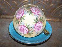 Stunning Floral Motif Aynsley Tea Cup & Saucer Set