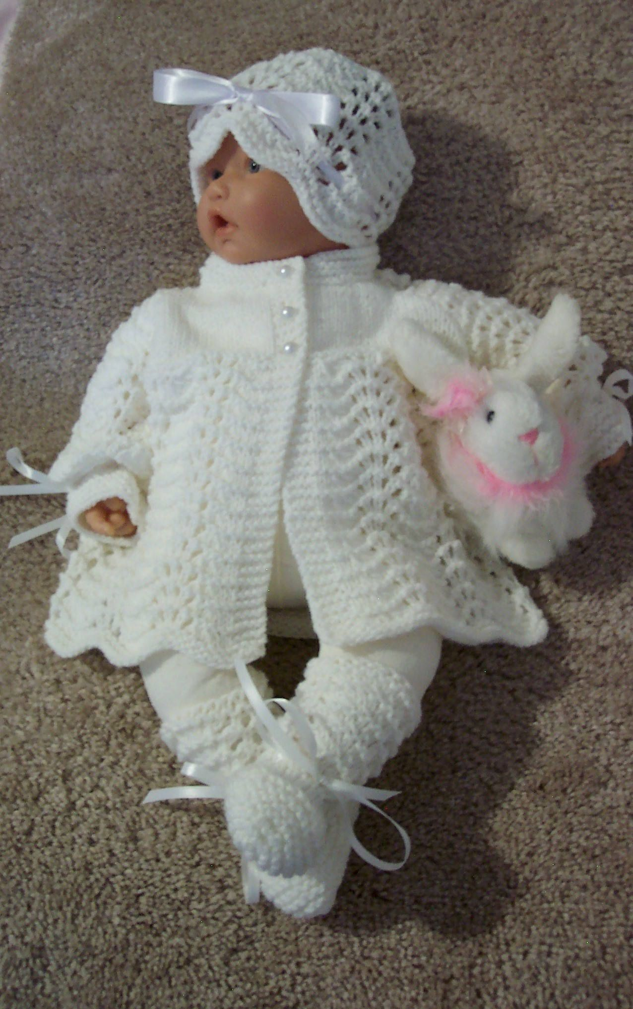 Vintage Pink Baby Knitted Sweater Booties and Cap Infant Sweater 1970/'s Mint in the Box