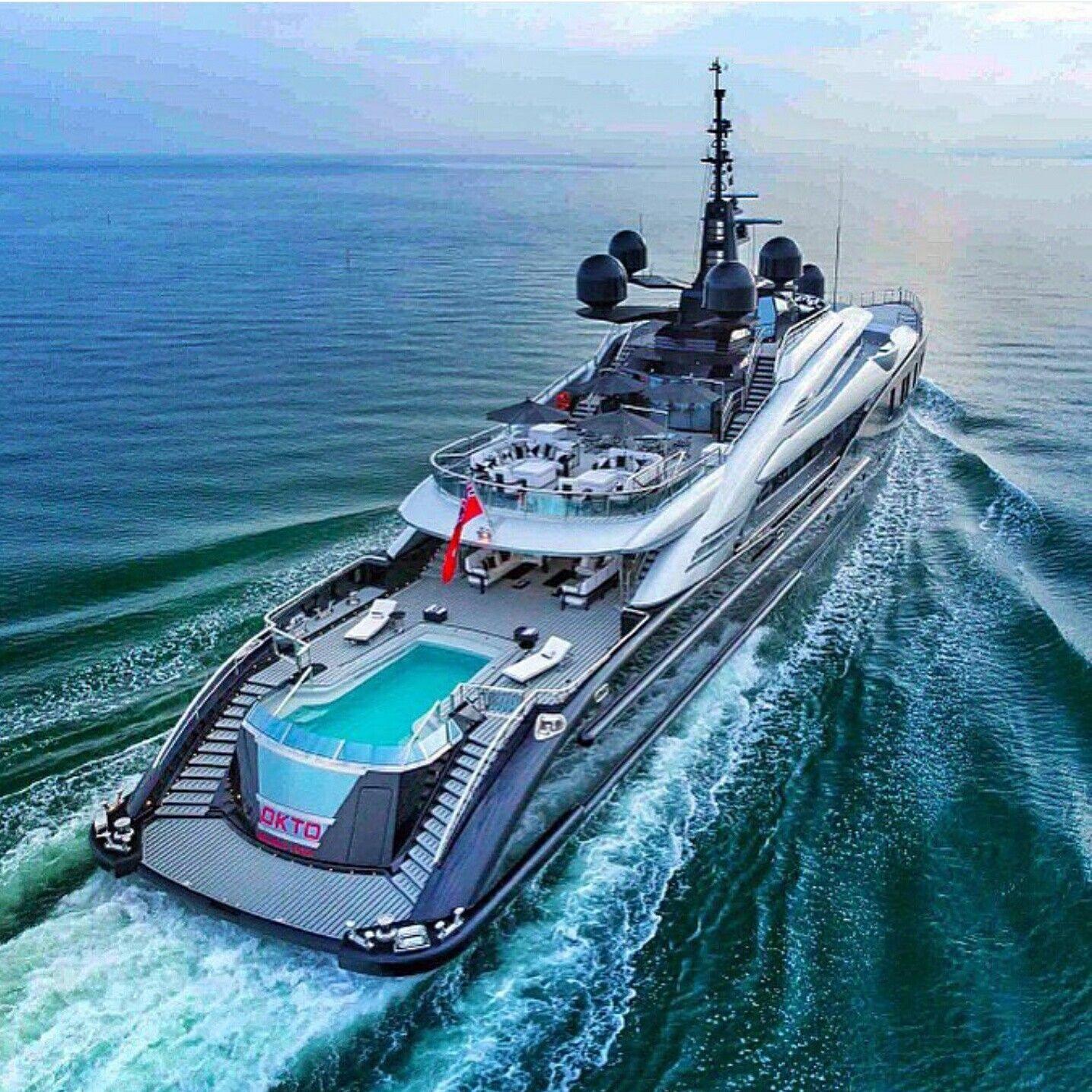 pin von jan auf navy pinterest yachten schiffe und luxus. Black Bedroom Furniture Sets. Home Design Ideas