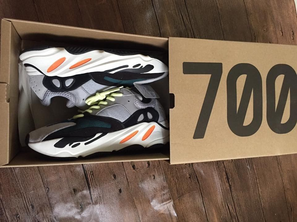 21c6237c2de4a Brand New Exclusive Yeezy Boost 700 Wave Runner Men s Fashion Sneakers Size  9