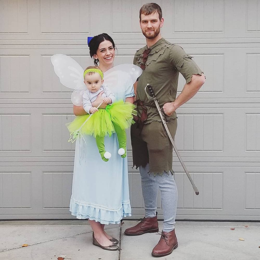 Find some amazingly creative family Halloween costume ideas to make this Halloween the best one ever. Everything from DIY family costumes to family costumes with a baby. #familycostumeideas Find some amazingly creative family Halloween costume ideas to make this Halloween the best one ever. Everything from DIY family costumes to family costumes with a baby. #familycostumeideas