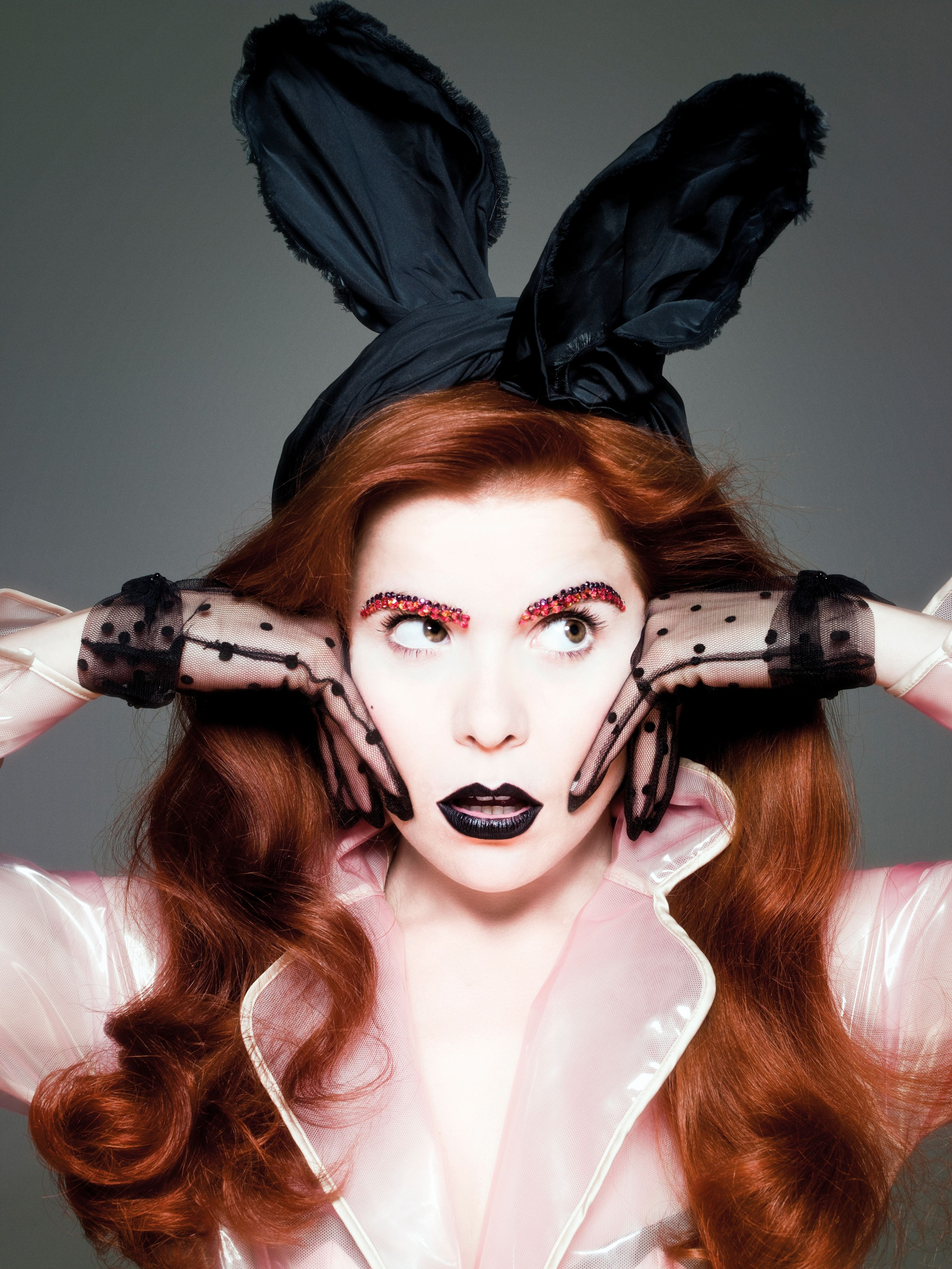 Paloma Faith - a girl who knows a thing or two about headwear.