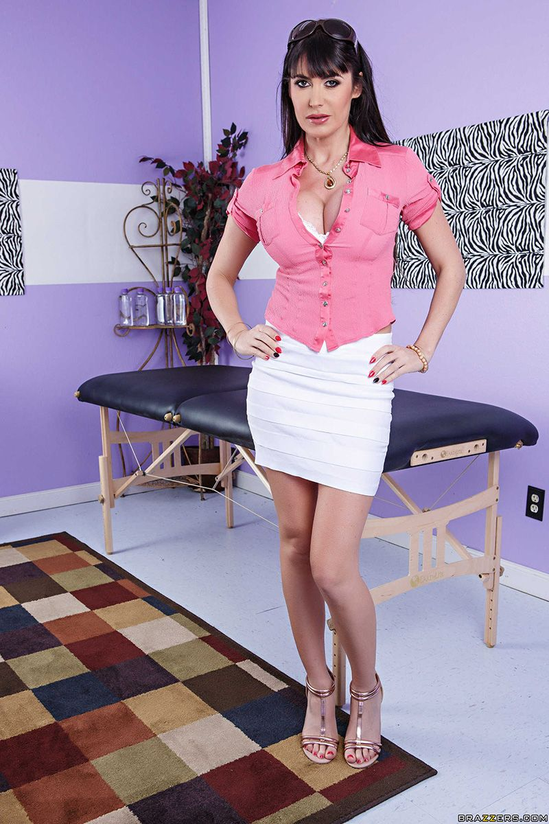 Eva Karera Is Ready To Get A Massage