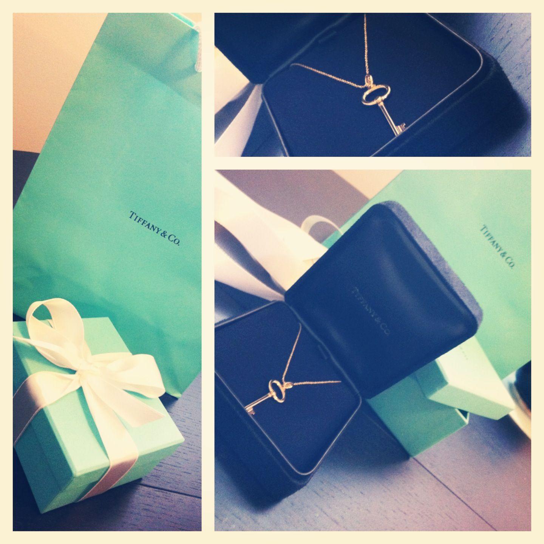 Tiffany gold key necklace