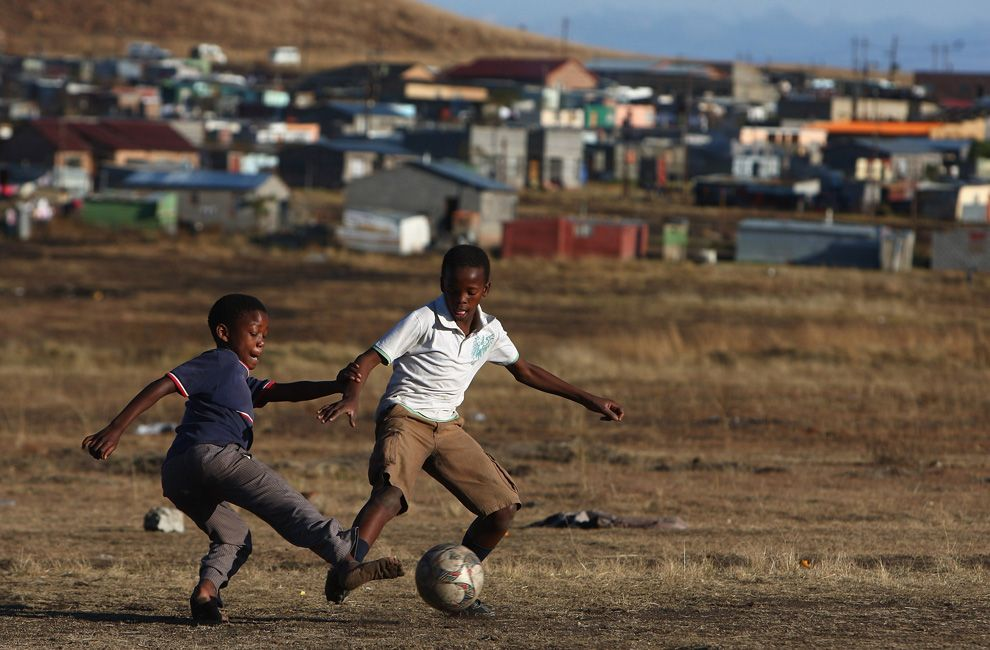 Soccer In South Africa Soccer Images Street Soccer Kids Playing Football