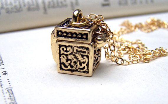 Gold Wish Box Prayer Box Jewelry Locket Necklace Locket necklace