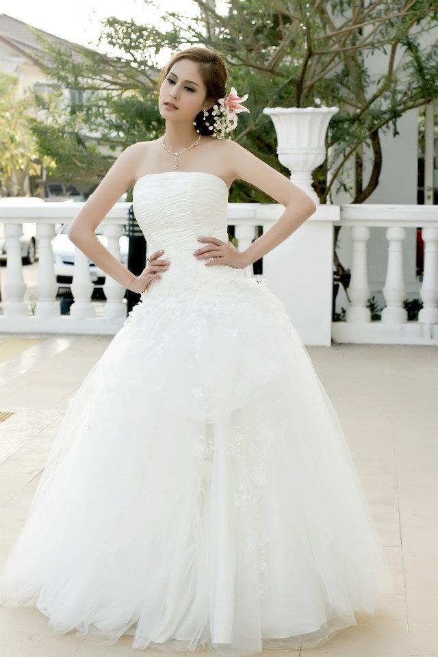 Kwan Usamanee In Wedding Dress Thai Actress