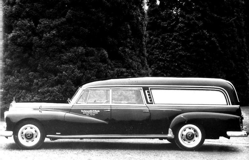 Mercedes 300 hearse hearses through time for Mercedes benz hearse