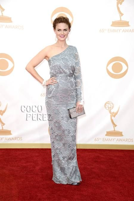 Emmy Awards 2013: Emily Deschanel walks the red carpet.