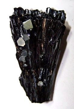 Beta Quartz on Ilvaite