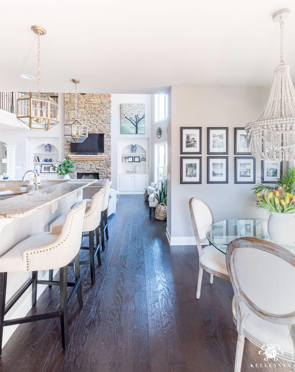 Open Concept Home Breakfast Nook Kitchen and Living Room Inspiration ...