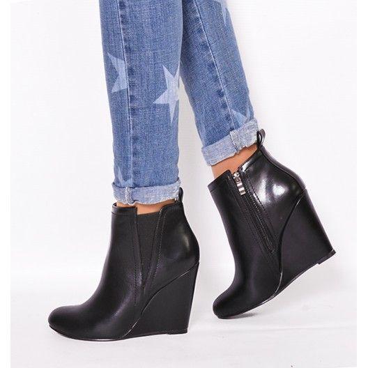 Štýlové zimné kotníkové topánky čierne s plným podpätkom zateplené ... e7f8f2d8aa3