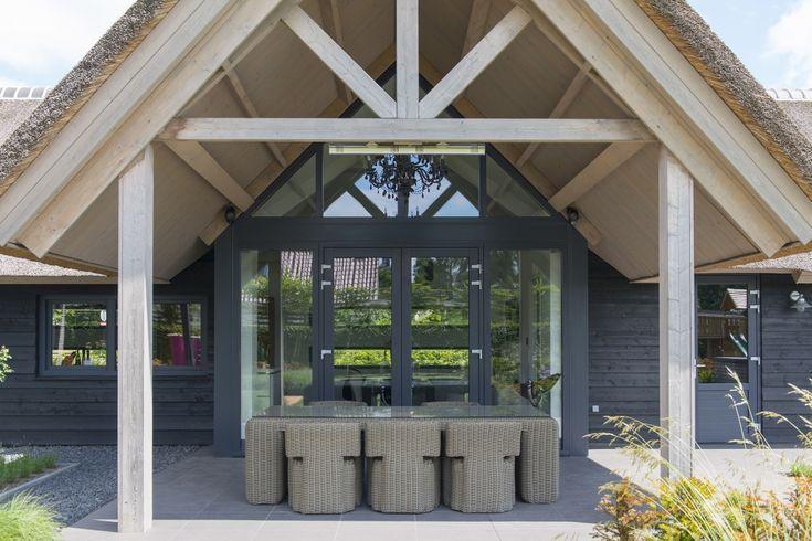 Plastic door – To create a sleek and modern look …- Kunsts…