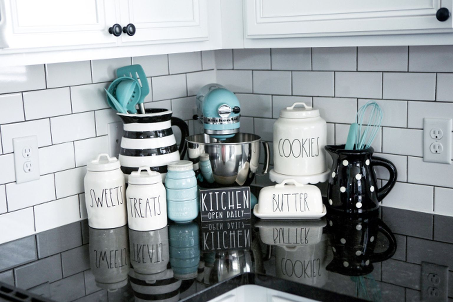 Amazing Black And White Kitchen Ideas You Will Love 12 Teal Kitchen Decor Aqua Kitchen Teal Kitchen