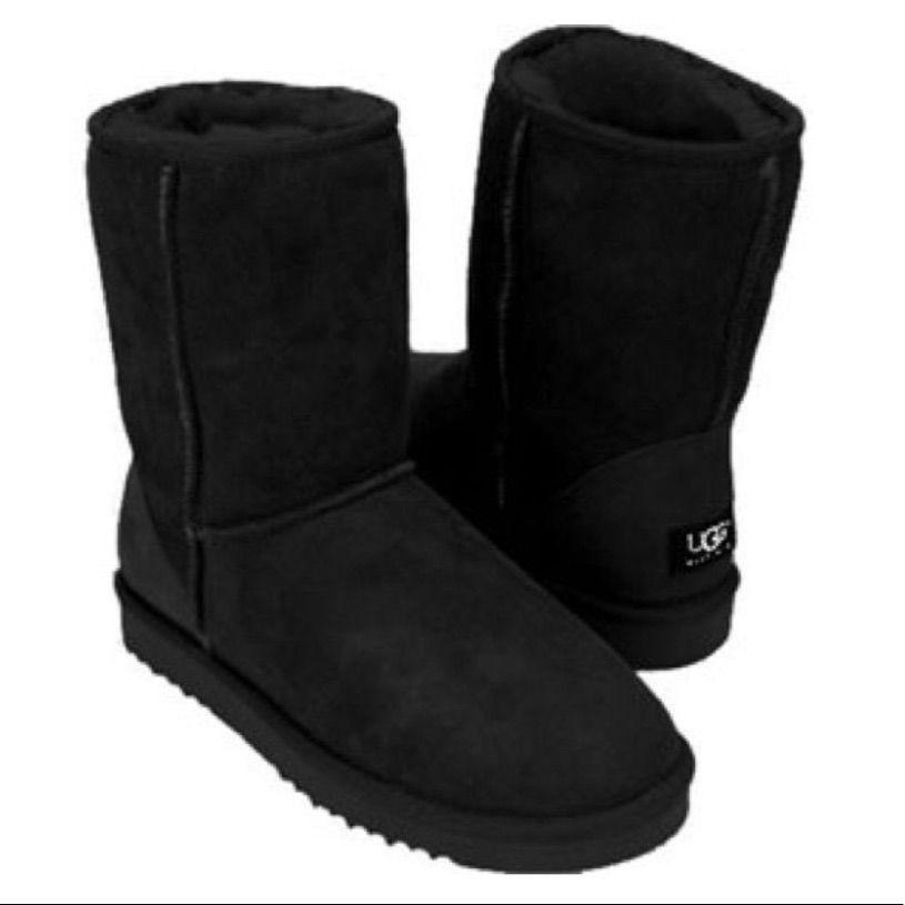 Black Uggs Size W6   Black ugg boots