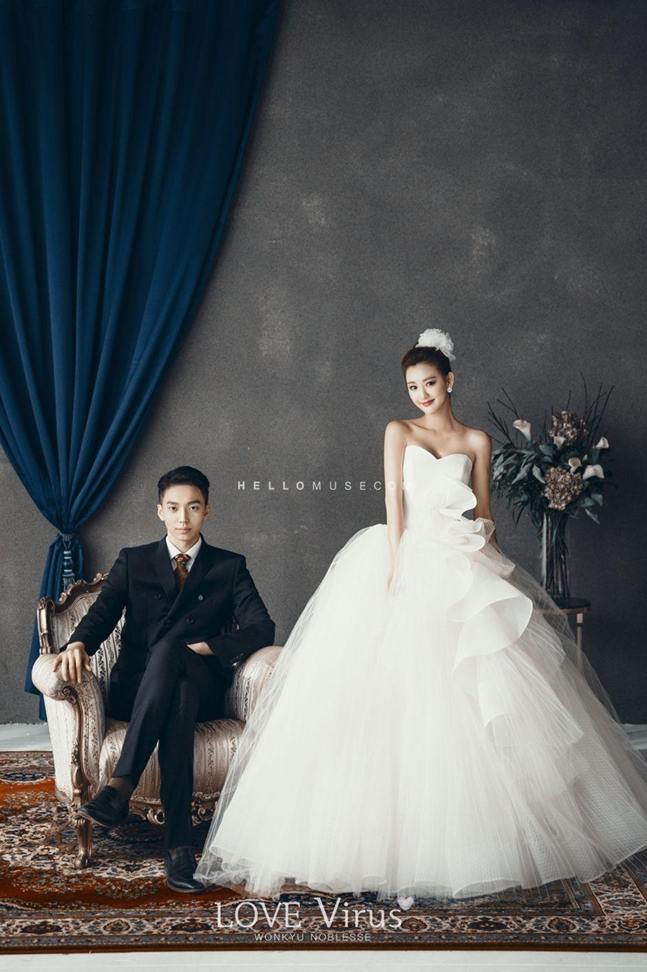 cute wedding group shot, cute pre wedding photo shoot, best wedding photography, Korean