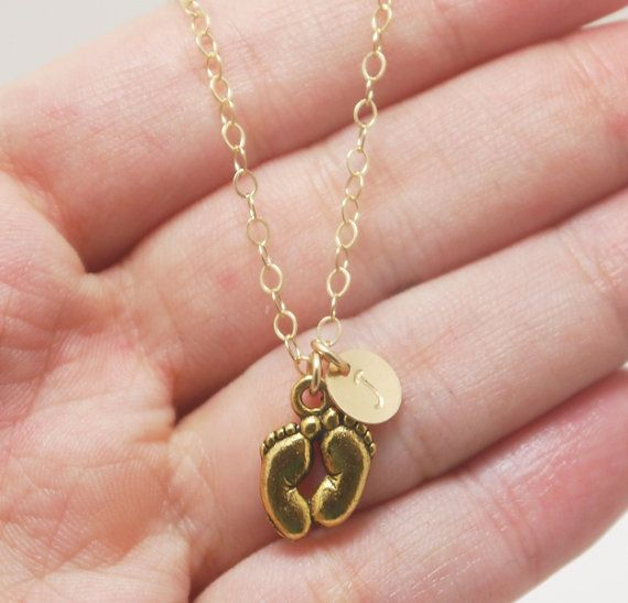 Baby Feet Necklace, Baby Feet necklace gold, Gifts for New Mothers Necklace Gold, Gift for New Grandma, Children Initials Jewelry, 14k Gold