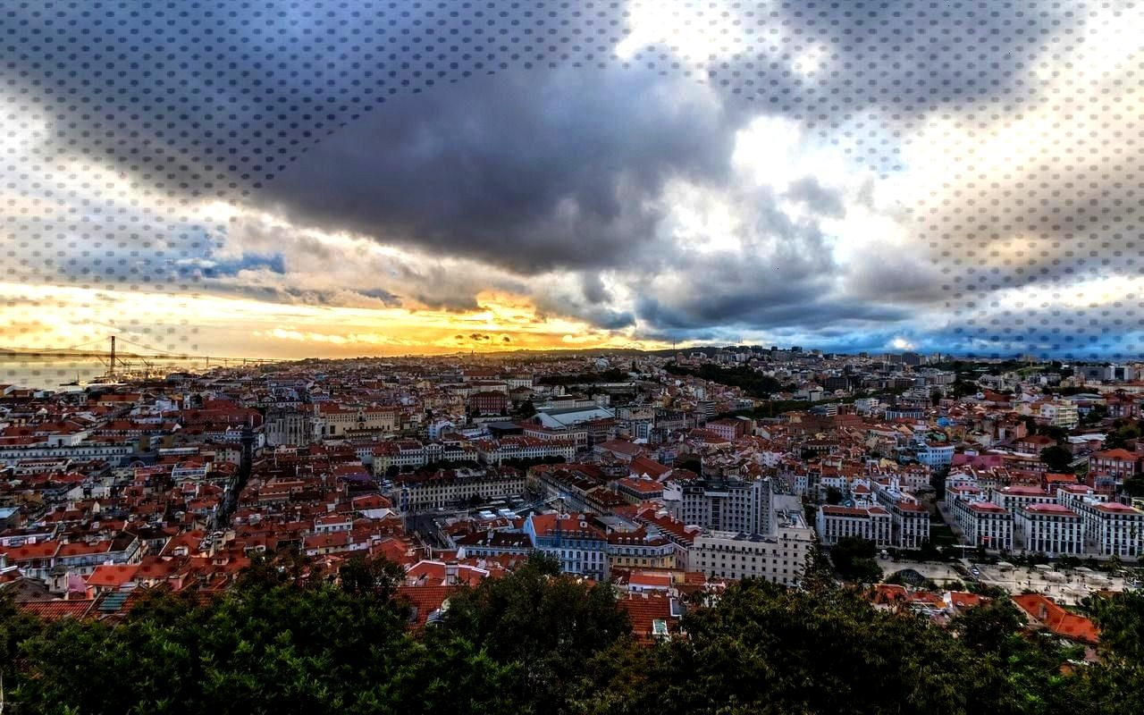 - Portugal (by Markus L) -Lisbon - Portugal (by Markus L) - Red + BLU - The-walking-memelords