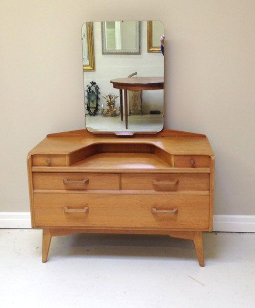 V2617 Vintage G Plan Golden Oak Dressing Table Vintage Retro Bedrooms Vintage Furniture Makeover Vintage Dressing Tables