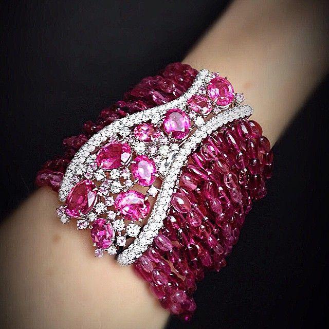 Scavia- pink sapphire/Diamond.......SO QUEEN