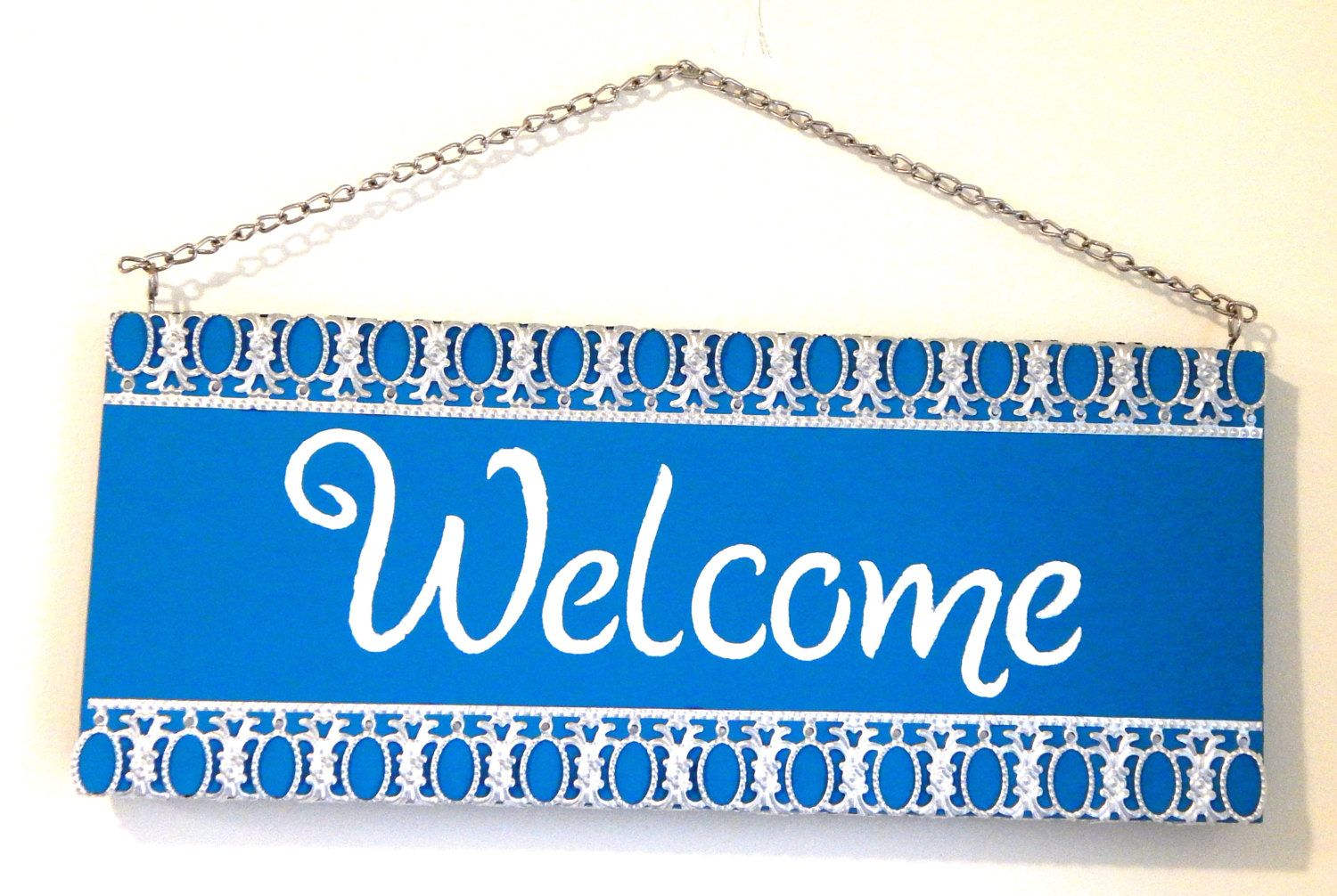 Blue welcome sign FREE SHIPPING wood sign metal ribbon sign white ...