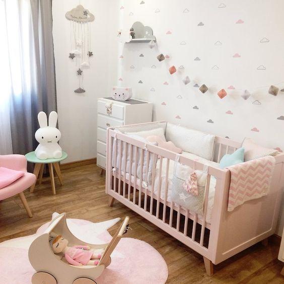 Decoracion de cuarto de ni a recien nacida 2 dormitorio for Decoracion habitacion bebe nina 2017