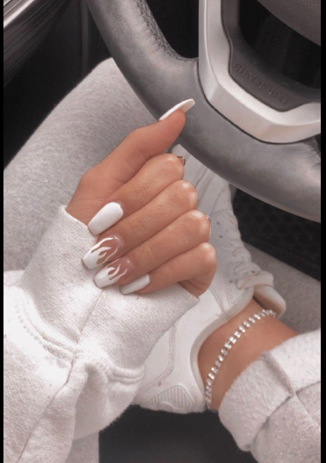 Gorg White Flame Nails In 2020 White Acrylic Nails Acrylic Nails Coffin Short Summer Acrylic Nails